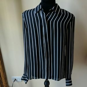 BEAUTIFUL BLACK/OFF WHT STRIPE LONG SLEEVE